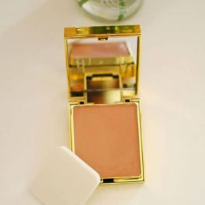 Elizabeth Arden Flawless Finish Sponge-On Makeup